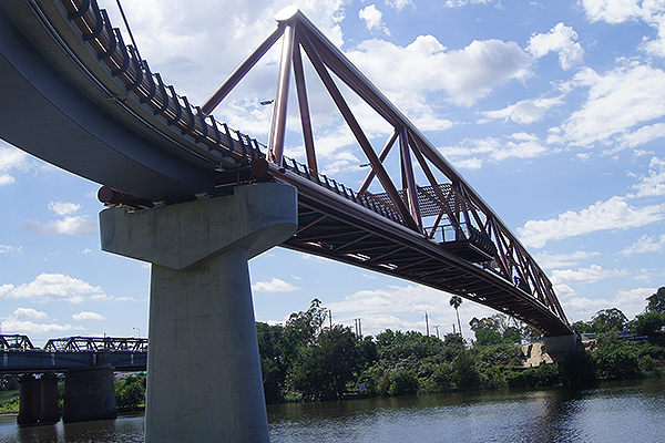 Walk or bike the Yandhai Nepean Crossing
