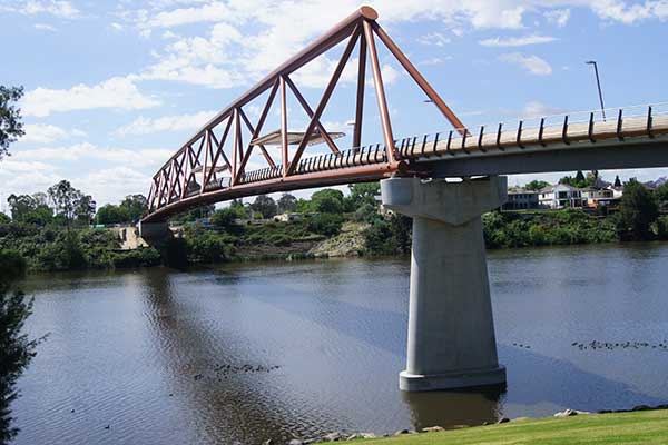 Image of a bridge across the Nepean River